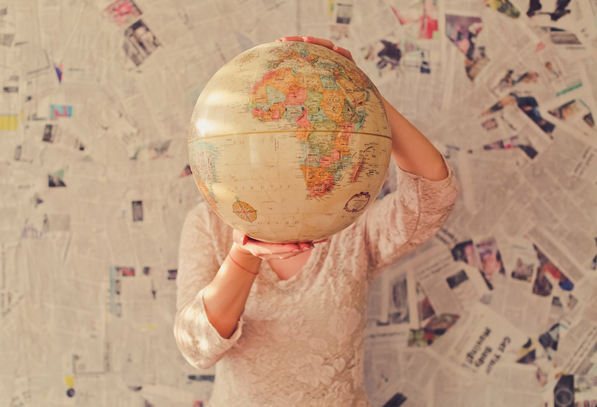 moving_abroad_photo-slava-bowman